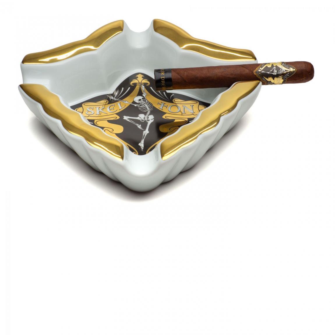 Skel Ton Porzellan Zigarrenaschenbecher, 4 Ablagen, weiß/gold